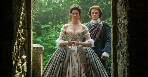 A Tale of Two Outlander Weddings: Jamie + Claire's vs. Roger + Brianna's